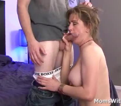 Milf miss trixie fucked in her pussy and cums right inside her mouth